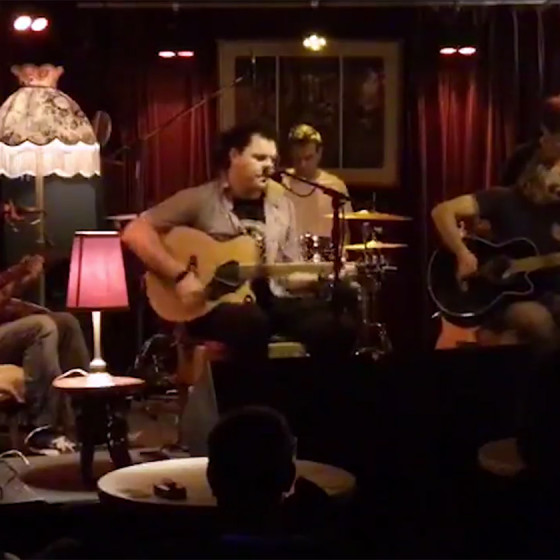 Benny Mayhem Band Live Unplugged